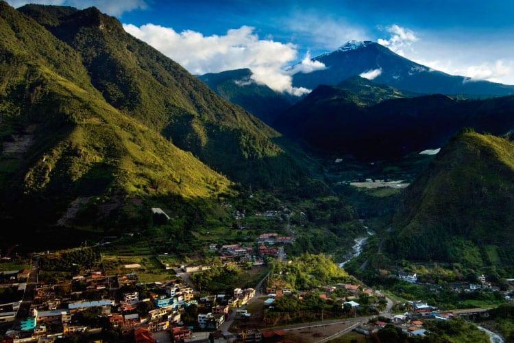 Baños Ecuador Travel