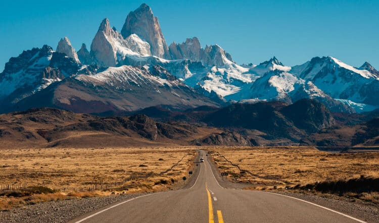 """How to Travel to the """"End of the World"""" AKA Patagonia!"""